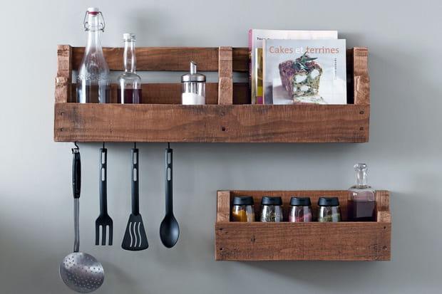 Des tag res de cuisine for Amenagement etagere cuisine