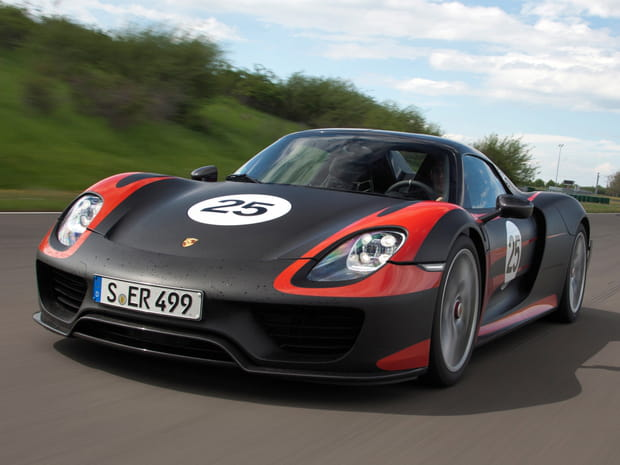 porsche 918 spyder. Black Bedroom Furniture Sets. Home Design Ideas