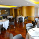 Restaurant : La Villa Madie  - La salle intérieure du restaurant -   © @PetitGastronome