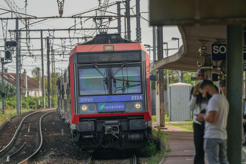 Crue : le RER C à Paris fermé au moins jusqu'au 10 février