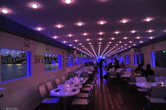 Bateau Bellona  - Le restaurant de nuit. -   © Alain Rico