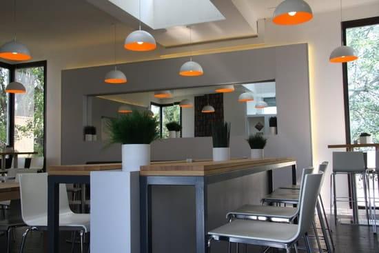 Midi  - intérieur du restaurant midi -   © midi