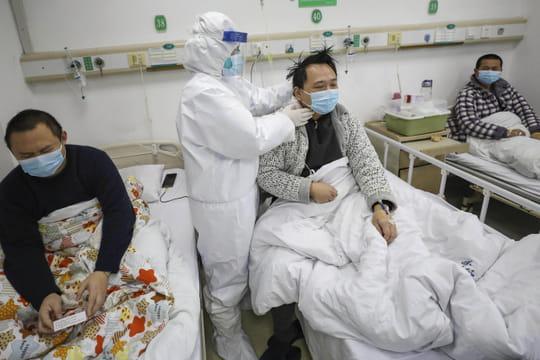 DIRECT. Coronavirus: un mort et un 12e contaminé, est-ce que ça s'aggrave en France?