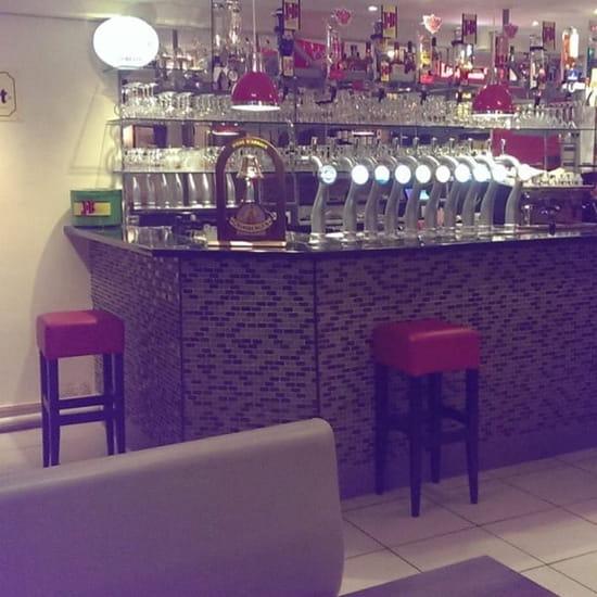 """Restaurant : Patrick's Bar  - 12 becs pour les amateurs de """"mousse"""" -"""