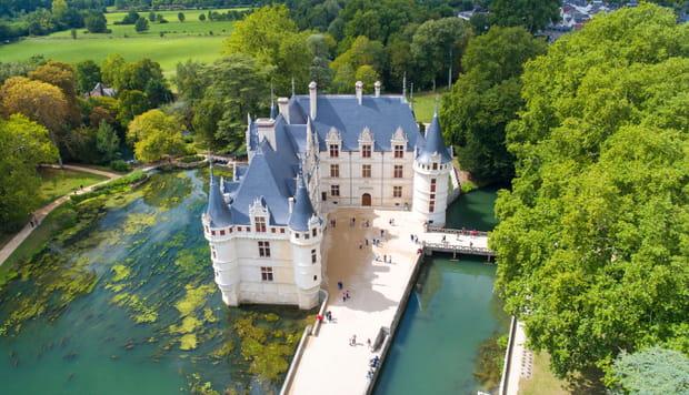 Le romantique château d'Azay-le-Rideau