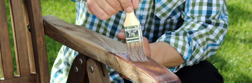 Nos conseils pour nettoyer et rénover vos meubles de jardin
