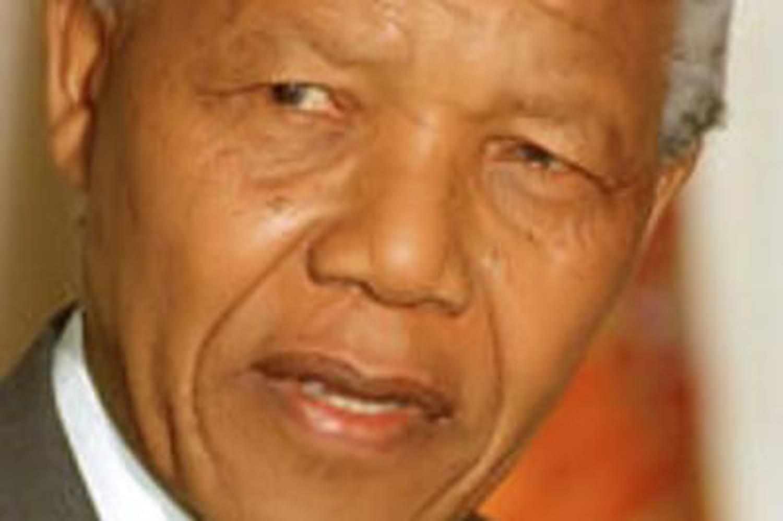 """""""Madiba"""": son état de santé s'aggrave, il serait à l'article delamort"""