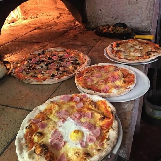 Plat : Pizzeria l'Asti  - Pizza au feu de bois -