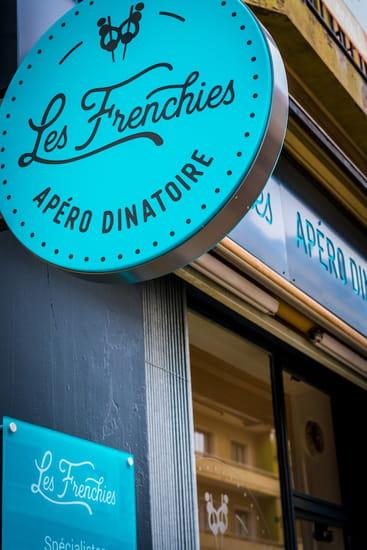 Les Frenchies  - Enseigne -   © JG