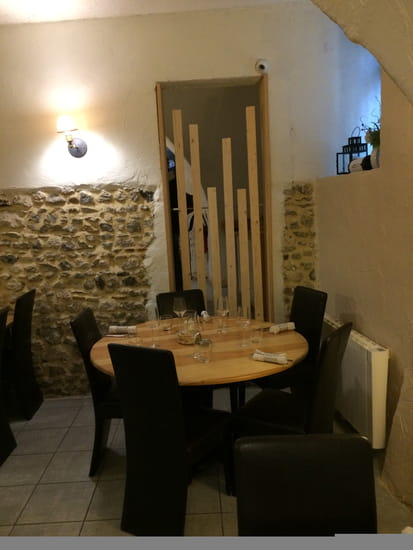 , Restaurant : Le Clermontois   © Copyright