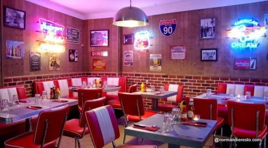 Fifty's American Diner   © Fifty's American Diner