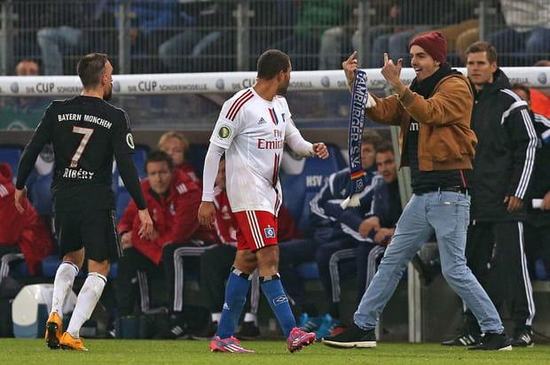 Franck Ribéry surpris par un fan dans le vestiaire du Bayern Munich