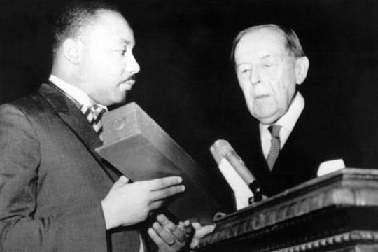 Martin Luther King remporte le Prix Nobel de la Paix