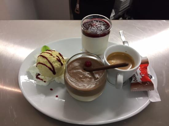 Tous à Table  - Café gourmand -   © Tous à Table