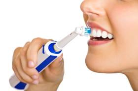 Meilleure brosse à dents électrique: quel modèle choisir? [sélection]