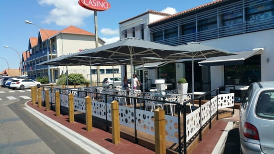 Le restaurant du Casino  - Terrasse du Rest'O -   © laurent.bourgoin@groupecogit.com