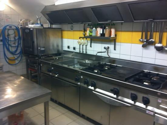 Le Guillestrin  - la cuisine -