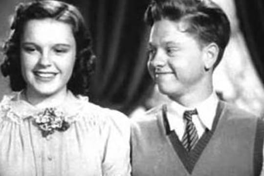 Mickey Rooney: 1m57, 8mariages, deslitres d'alcool etunmythe