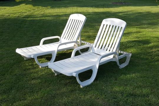 bain de soleil en bois en plastique double les meilleurs mod les. Black Bedroom Furniture Sets. Home Design Ideas