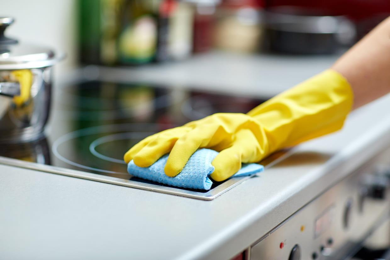 Nettoyer Vitre Salle De Bain Calcaire savon noir : comment l'utiliser pour nettoyer à la maison ?