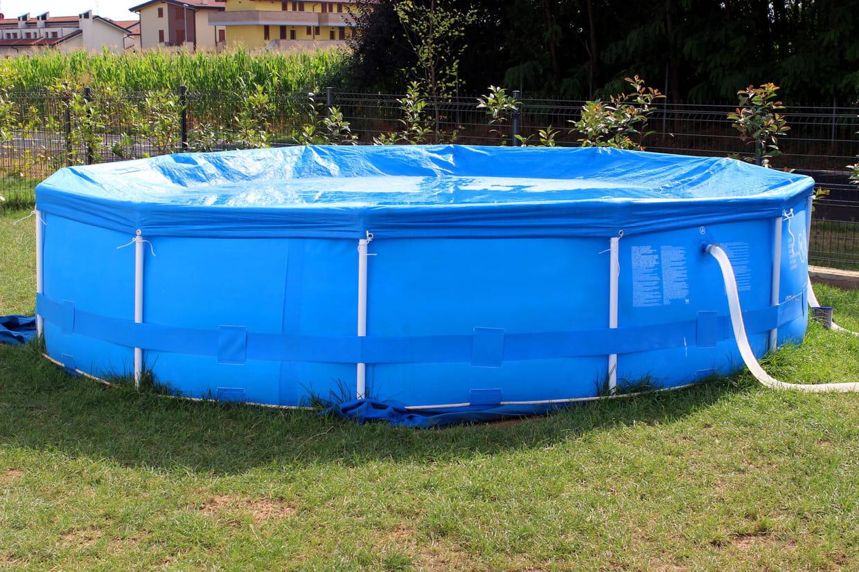 Voir Piscine Hors Sol les règles à respecter avec une piscine hors-sol