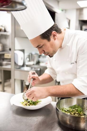 Restaurant : Le Servan  - Notre chef Mathias Vila vous concocte de délicieux plats -   © Golden Tulip Sophia