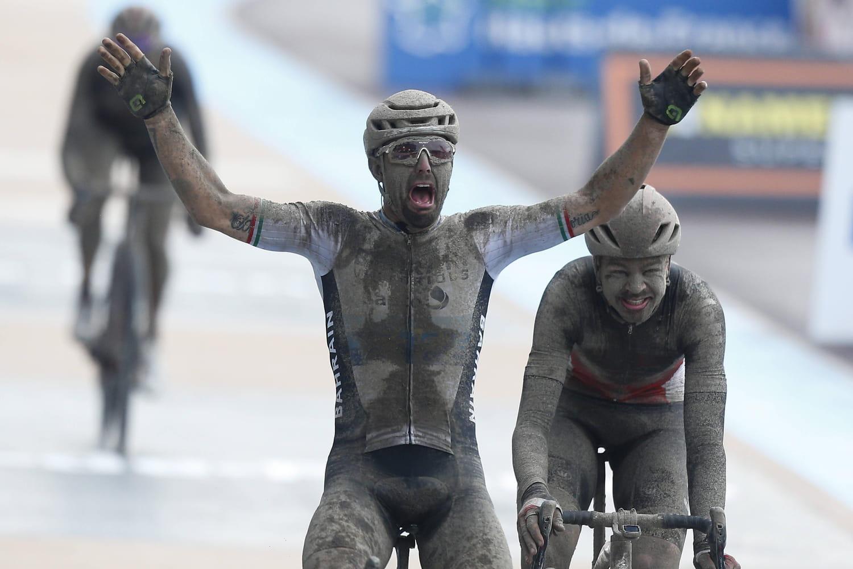Paris-Roubaix2021: résumé en vidéo, classement… Colbrelli vainqueur d'une édition de légende