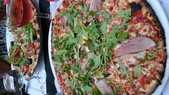 Plat : La Romane  - Pizza gourmande fond tomates -