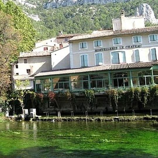 Restaurant Hostellerie Le Chateau  Ef Bf Bd La Fontaine De Vaucluse