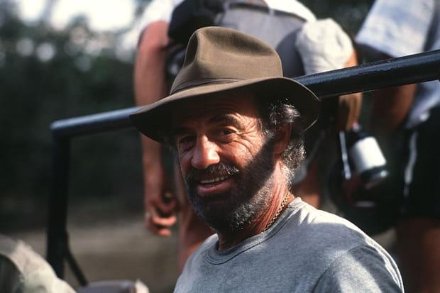 1988: chapeauté