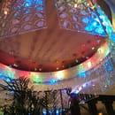 Restaurant : Le Flore  - Belle déco de plafond ! -