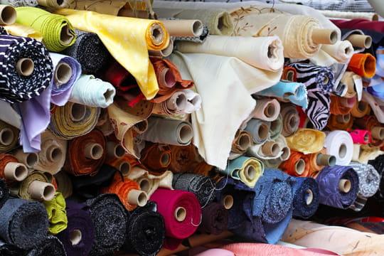 Tissu: comment bien le choisir pour sa couture (conseils, tendances)