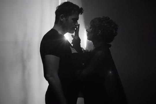 """Mylène Farmer: le clip sauvage de """"Des larmes"""" avec Stanley Weber"""