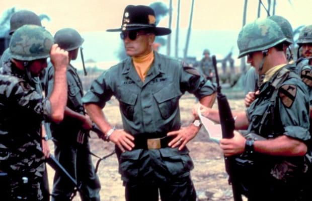 """Robert Duvall plus cynique que Martin Sheen dans """"ApocalypseNow"""""""
