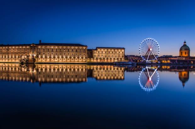 A Toulouse, port Viguerie