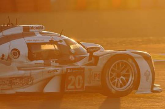 24h du Mans 2014: à midi, Porsche en tête, Audi en chasse