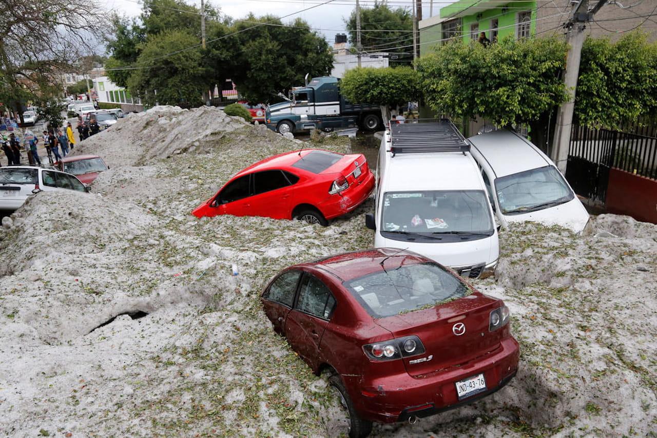 Mexique: Guadalajara sous la grêle, des images incroyables