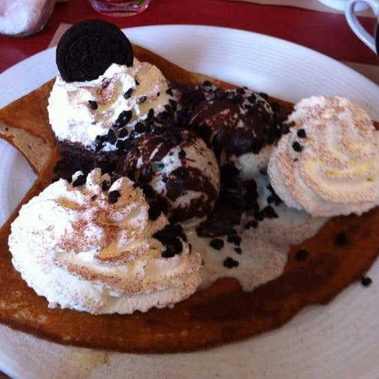 Dessert : Crêperie de Jeanne  - Crêpe After Eight avec supplément Oréo !! (^_^) un délice !! -