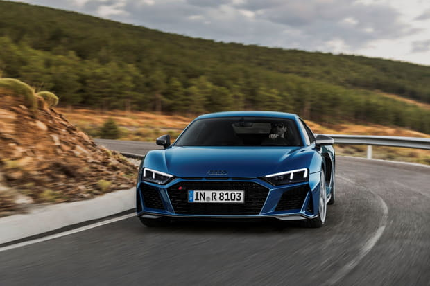 Audi donne un coup de jeune à sa R8