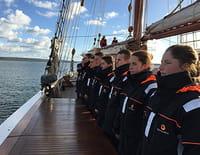 Des bateaux et des hommes : A l'école de la mer