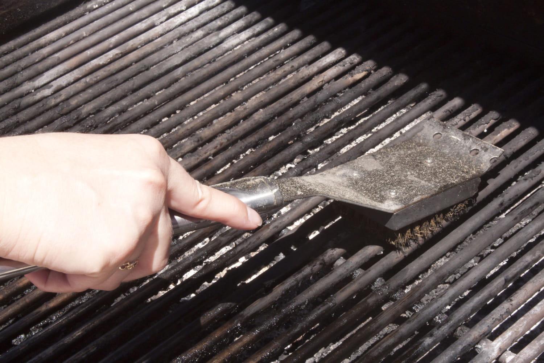 Nettoyer un barbecue facilement