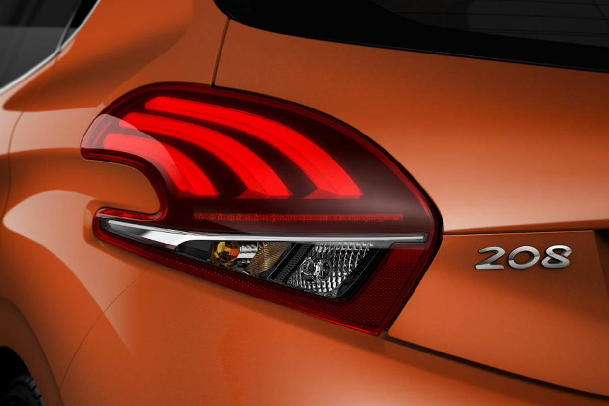 Peugeot 208 Restylee 2015 La Consommation Minimale Son Point Fort