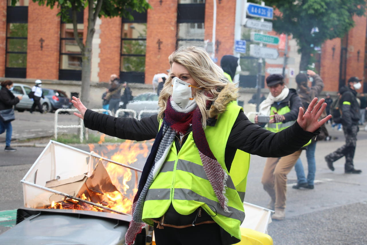 Gilets jaunes: un 1er mai ultraviolent à Paris?