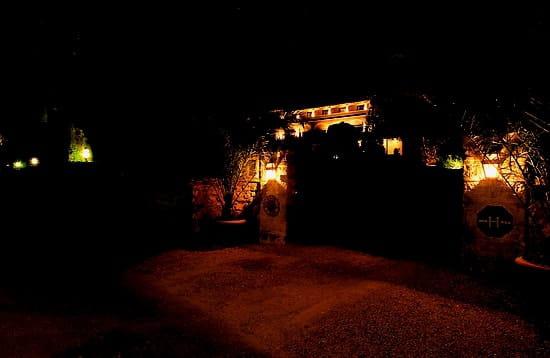 Le Country Club  - l'entrée de l'hôtel -