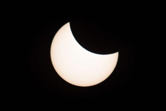Eclipse solaire: quelle date pour la prochaine en France et en Europe?