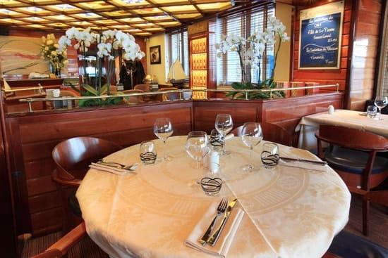 Le Querrien  - salle de restaurant -   © panoramix