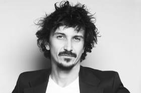Arnaud Tsamere : maître de l'absurde