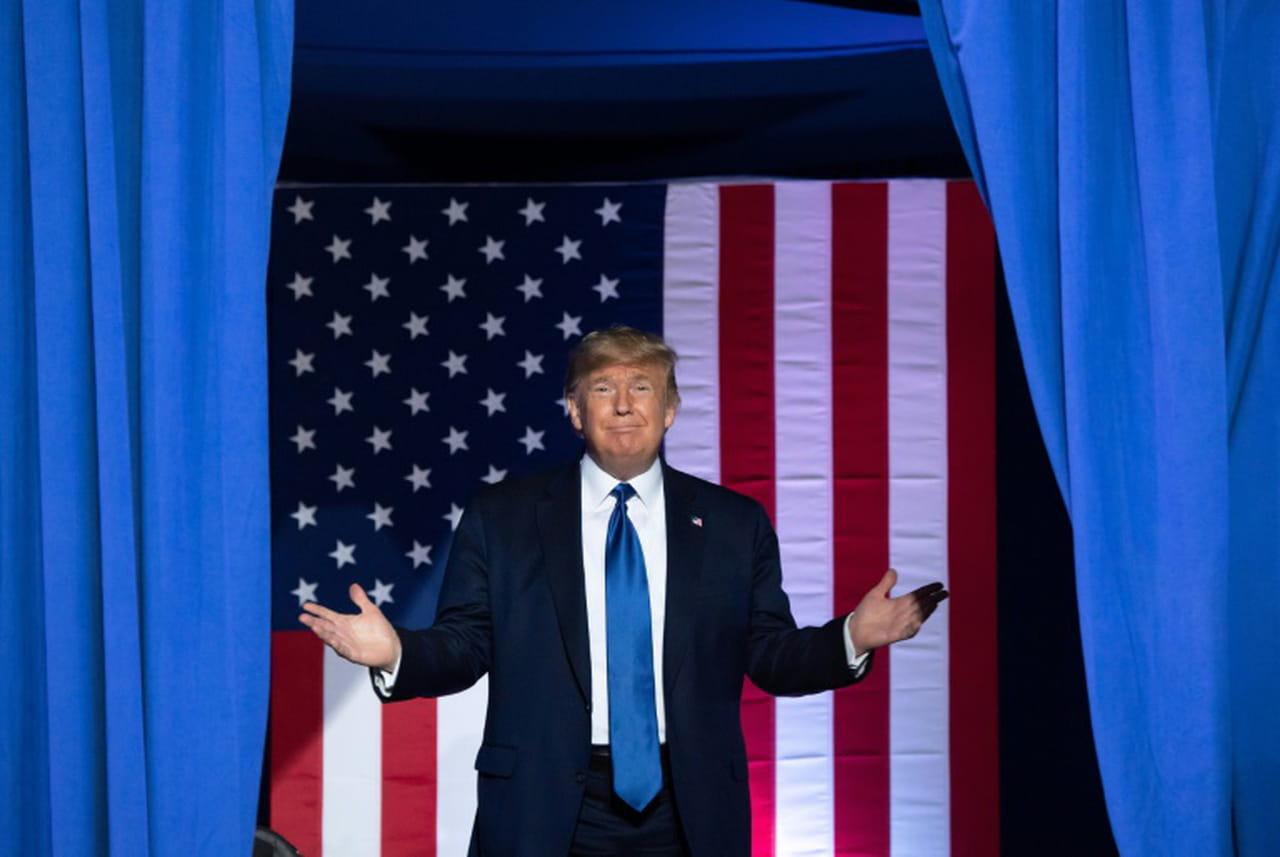 Destitution de Trump: âpre bataille sur les règles du procès à l'ouverture des débats
