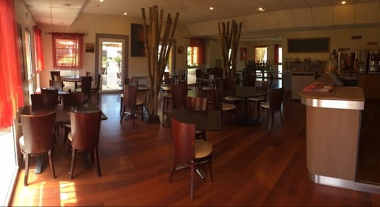 Restaurant : Brasserie La Terrasse  - La salle -