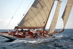 les termes bâbord et tribord viennent du néerlandais.